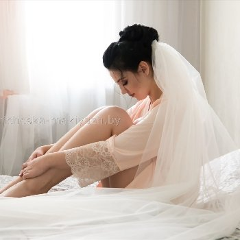 """Свадебная прическа с фатой """"Высокий пучек"""""""