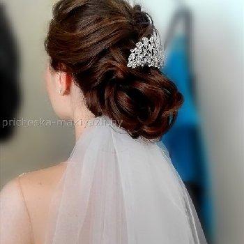 Свадебная прическа с фатой на редкий волос